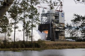 NASA RS-25 rocket engine test